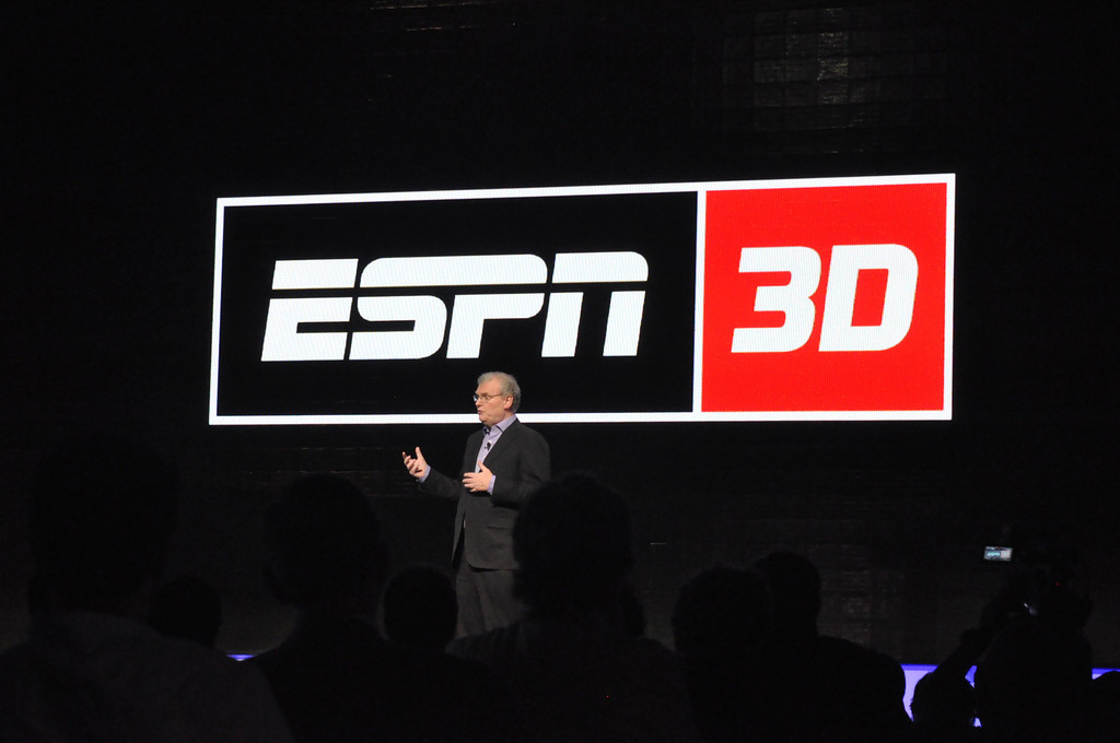 Photo of former Sony CEO Howard Stringer promoting ESPN 3D