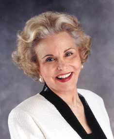 Photo of Ann Landers