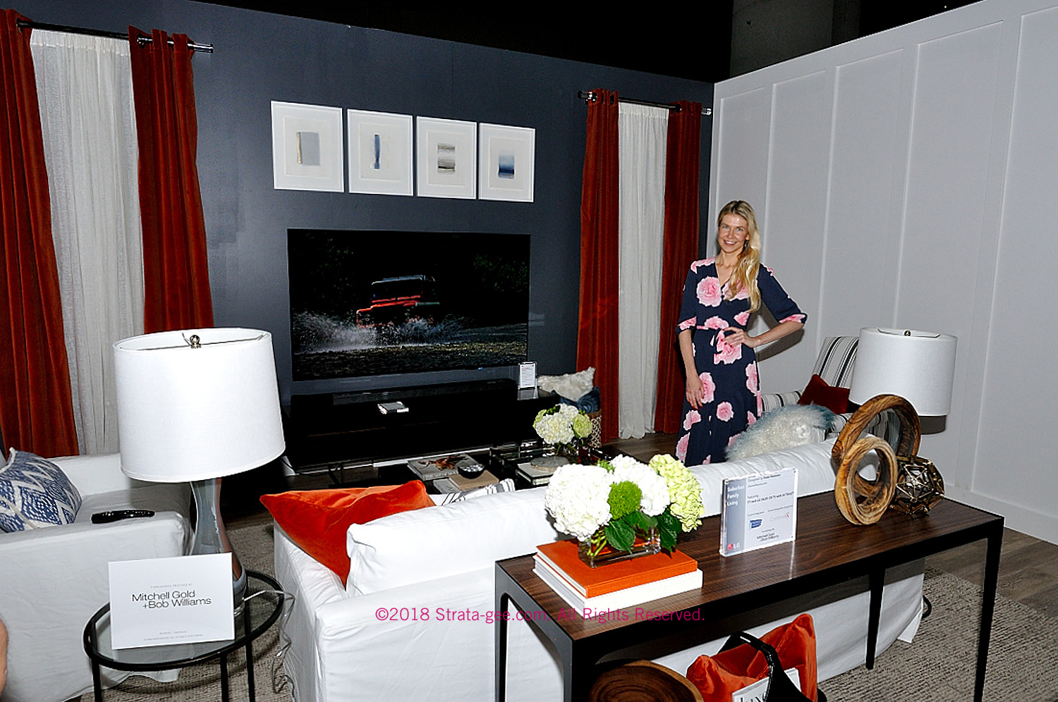 LG's Suburban Living Room at CEDIA Expo 2018