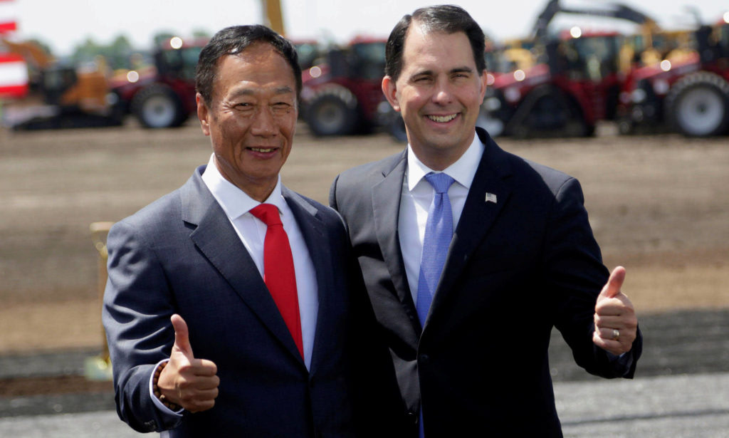 Photo of Foxconn's Terry Gou & Scott Walker