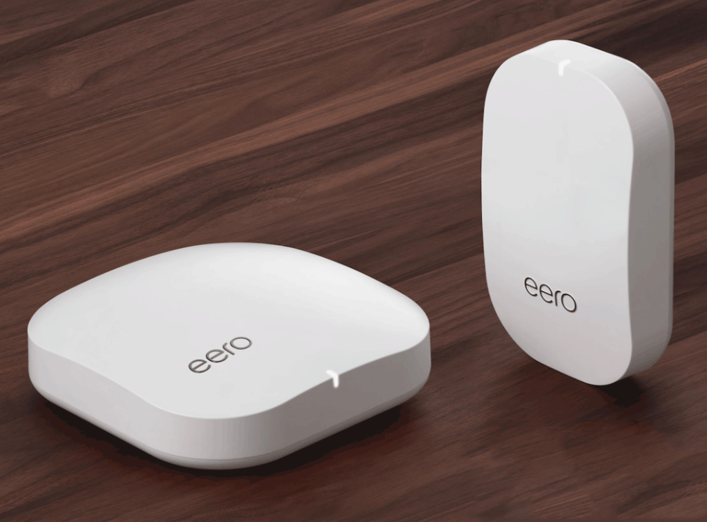 The Eero system - router (l) and beacon (r)