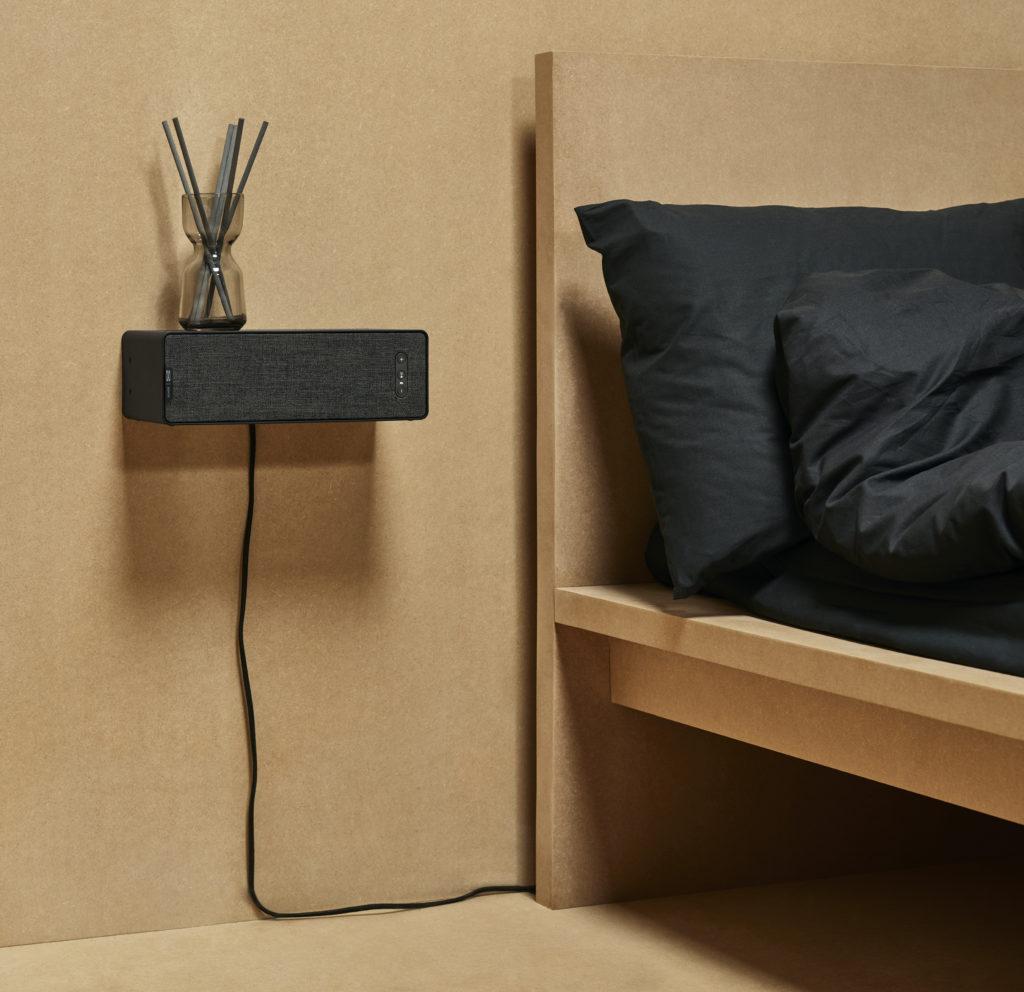 IKEA/Sonos Symfonisk shelf speaker mounted on the wall as a shelf