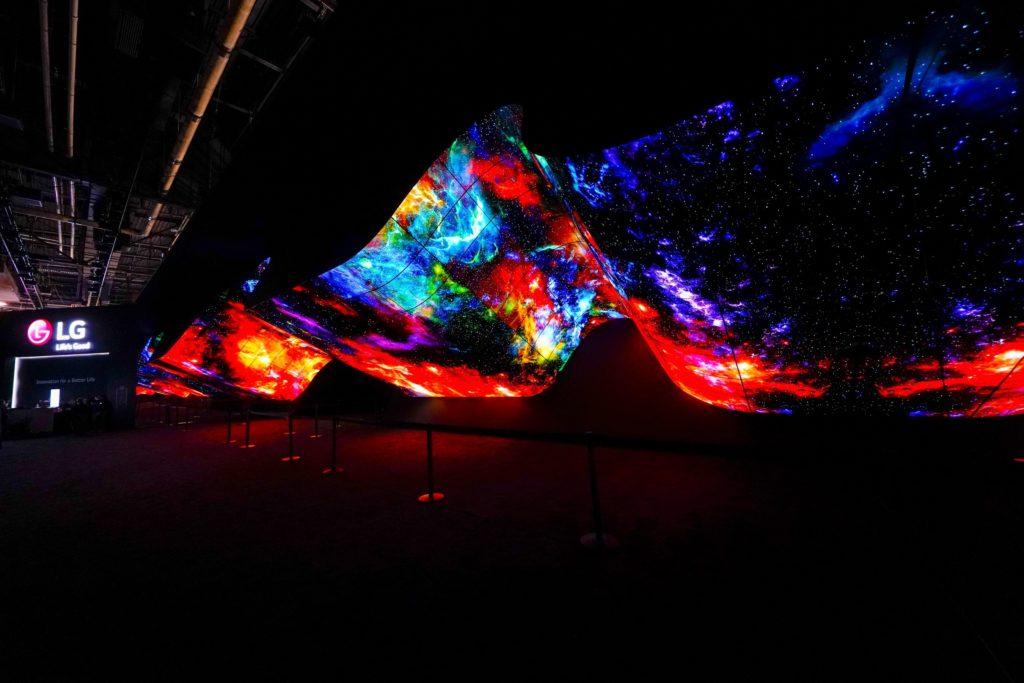 CES 2020 LG OLED wave