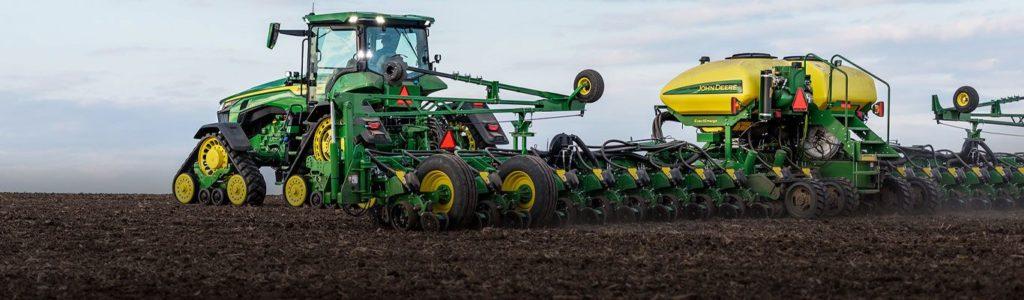 Photo of John Deere tractor. Deere is at CES 2020