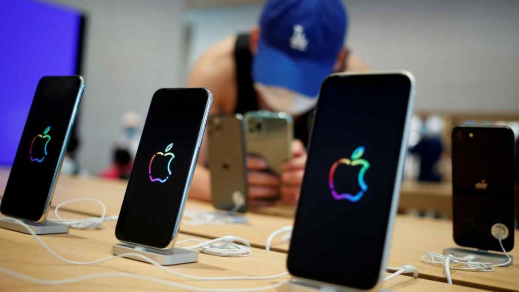 iPhones on display are becoming scarce because of global chip shortage